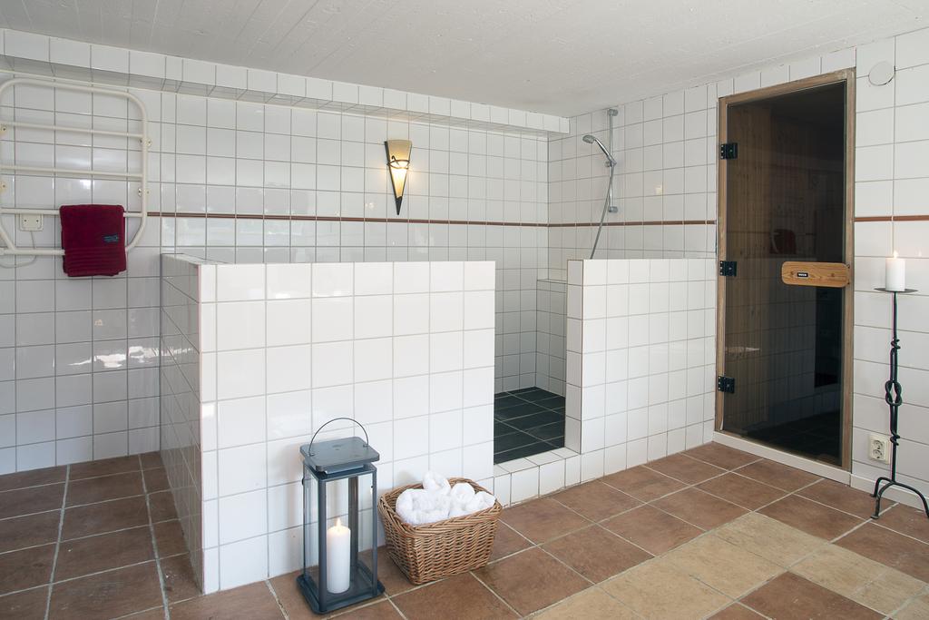 Här finns dusch och bastu