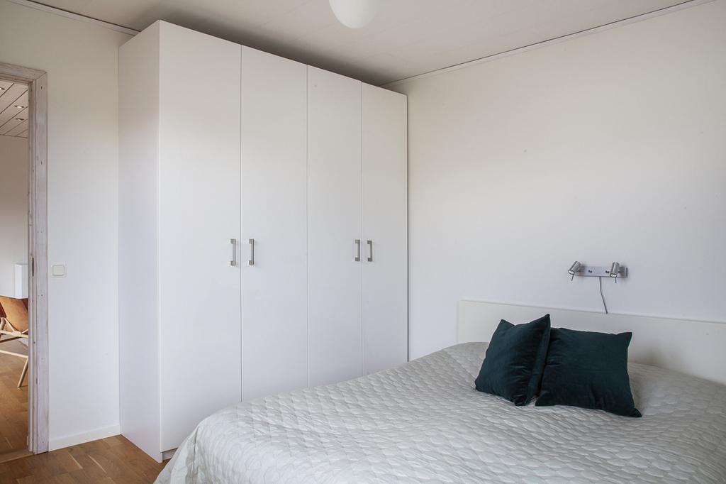 ... även här finns det garderober för förvaring