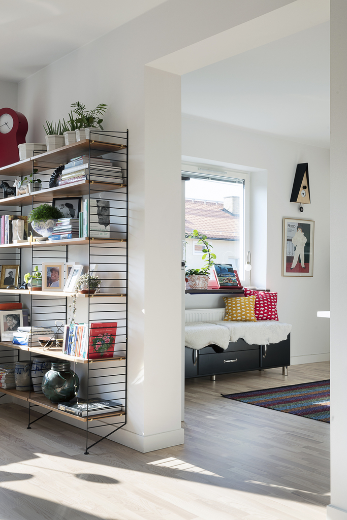Öppen planlösning mellan vardagsrum o kök