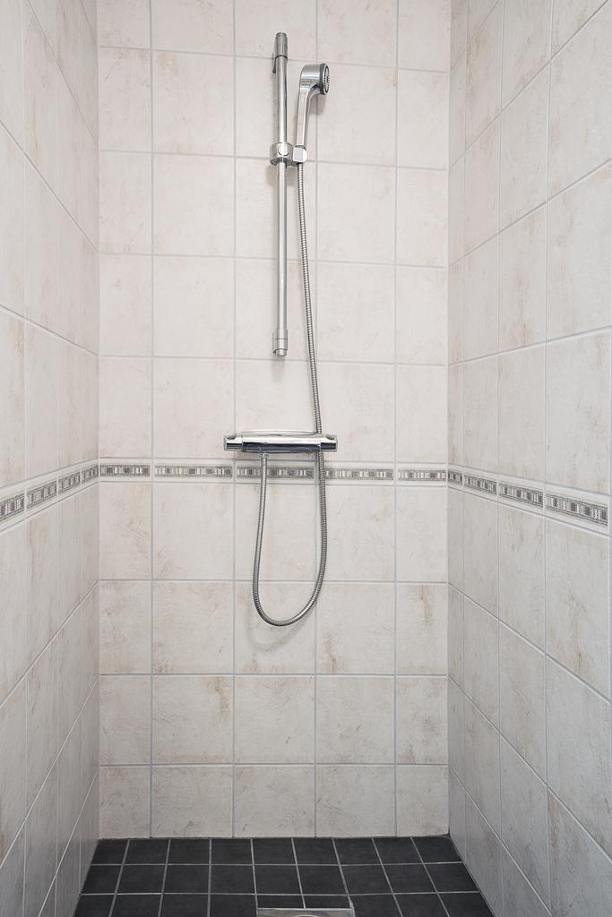 ... samt duschhörna
