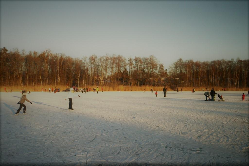 Skridskor på Kyrksjön