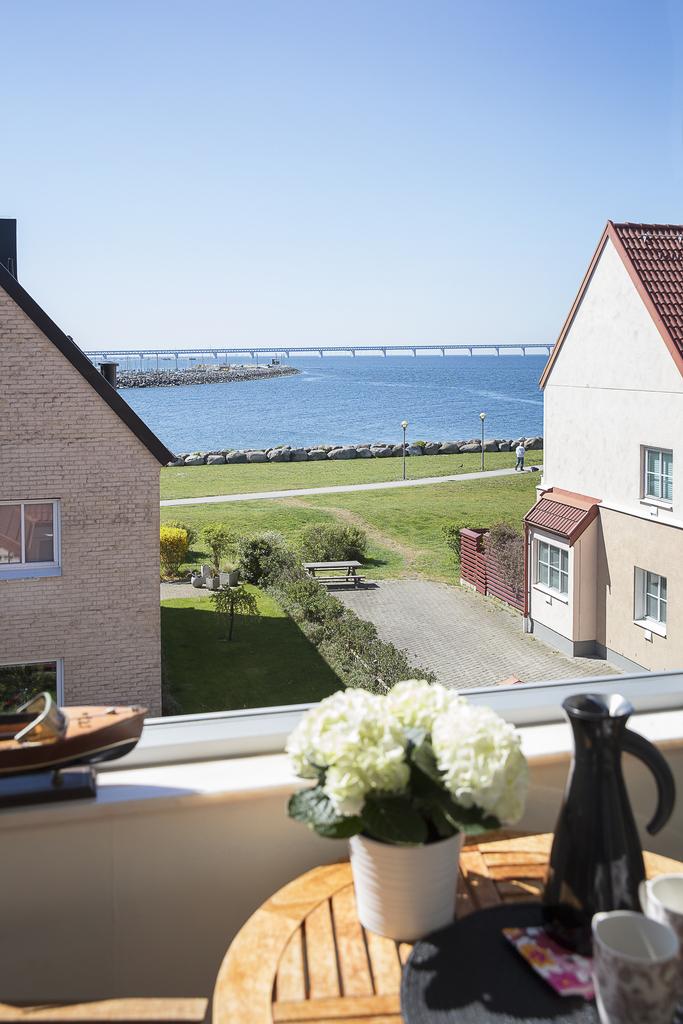 ... med utsikt mot Öresundsbron i sydväst